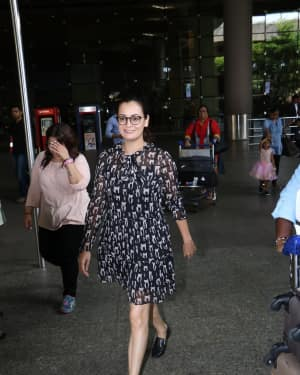 In Pics: Dia Mirza Snapped At Mumbai Airport   Picture 1529859