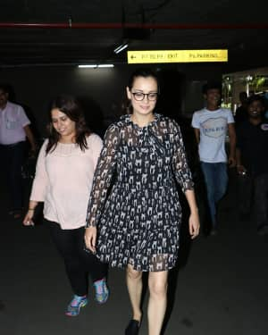 In Pics: Dia Mirza Snapped At Mumbai Airport   Picture 1529865