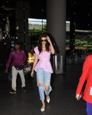 In Pics: Kriti Sanon Snapped At Mumbai Airport   Picture 1529930