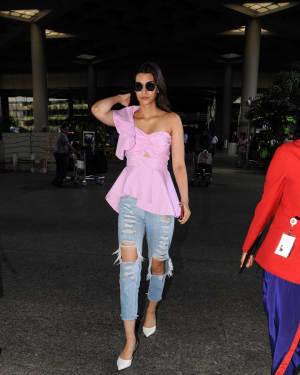 In Pics: Kriti Sanon Snapped At Mumbai Airport   Picture 1529934