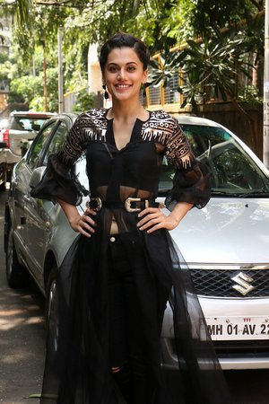In Pics: Taapsee Pannu Spotted At INDIGO Restaurant