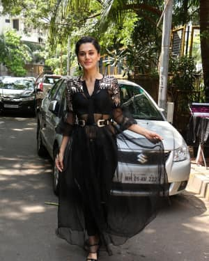 In Pics: Taapsee Pannu Spotted At INDIGO Restaurant | Picture 1529924