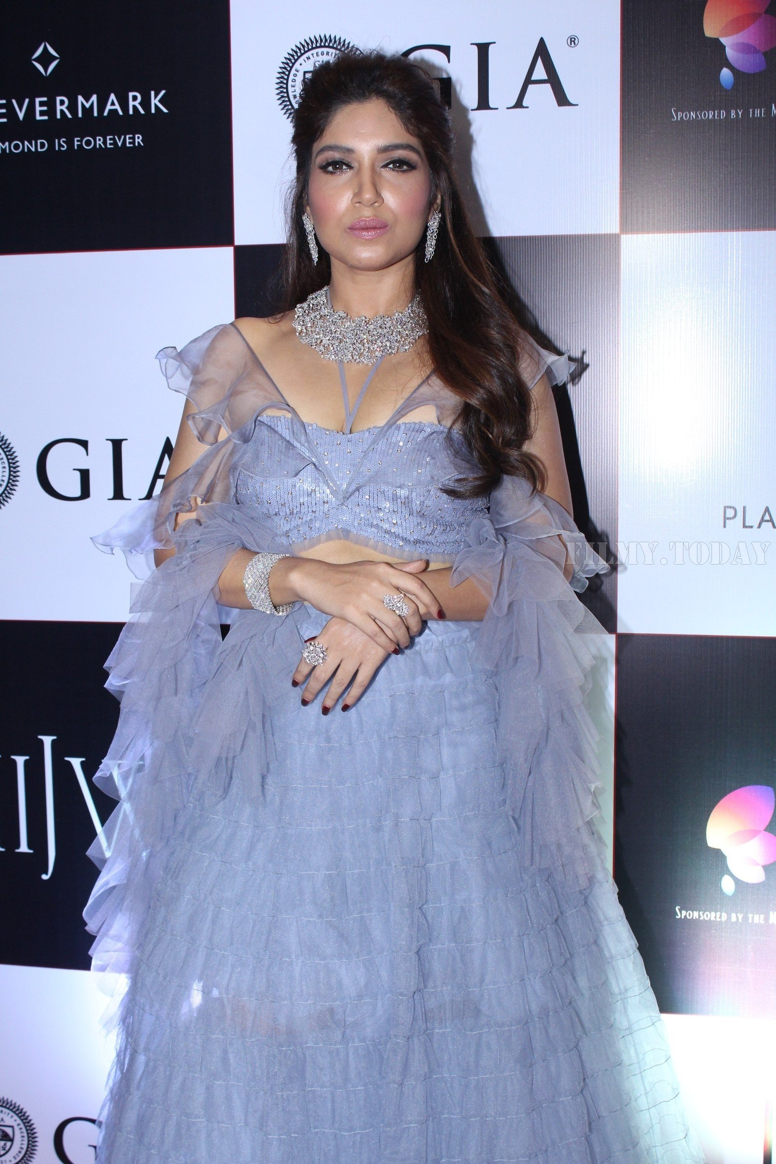 Bhumi Pednekar - In Pics: Celebs Walks Ramp At IIJW 2017 | Picture 1530330