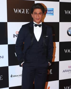 Shahrukh Khan - In Pics: Red Carpet Of Vogue Women Of The Year 2017