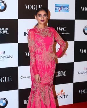 Aditi Rao Hydari - In Pics: Red Carpet Of Vogue Women Of The Year 2017