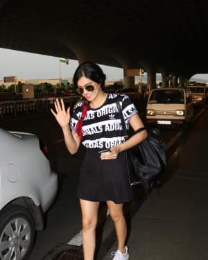 Adah Sharma Spotted At Airport Images | Picture 1531210