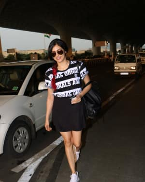 Adah Sharma Spotted At Airport Images | Picture 1531211