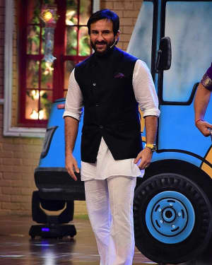 Saif Ali Khan - In Pics: Promotion Of Film Chef On Set Of Drama Company | Picture 1531309