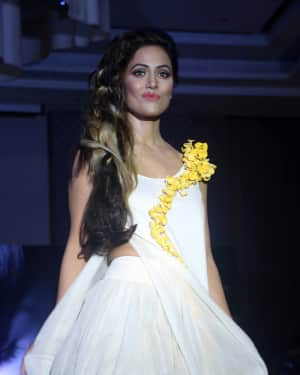 Photos: Hina Khan at the Mega Hair Show Marigold by Streax Professional | Picture 1574488