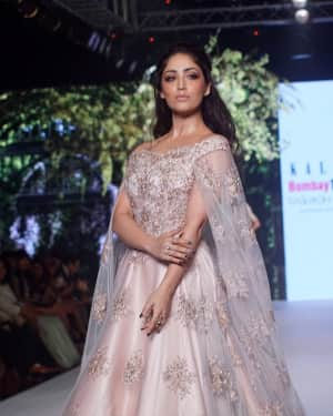 Photos: Yami Gautam Showstopper For Designer Kalki