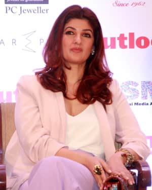 Twinkle Khanna - Photos: Press Conference of Outlook Social Media Awards | Picture 1577308