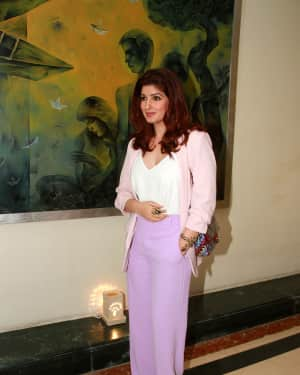 Twinkle Khanna - Photos: Press Conference of Outlook Social Media Awards | Picture 1577297
