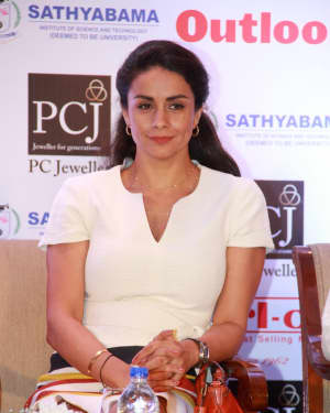 Gul Panag - Photos: Press Conference of Outlook Social Media Awards | Picture 1577306