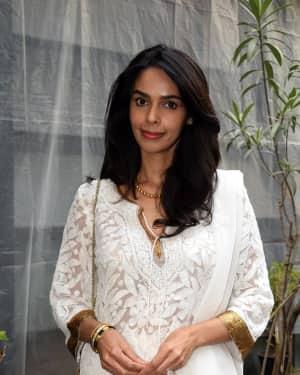 Photos: Mallika Sherawat Spotted at Indigo Andheri