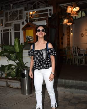 Photos: Yami Gautam spotted at a restaurant in Juhu