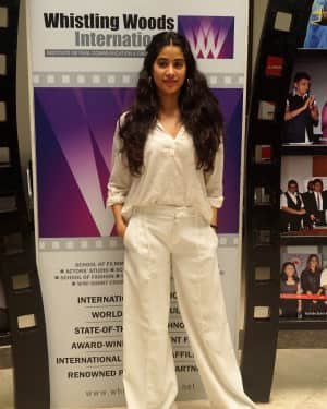 Photos: Janhvi Kapoor at Master Class at Whistling Woods