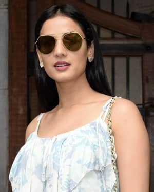 Photos: Sonal Chauhan Spotted At Fable Juhu