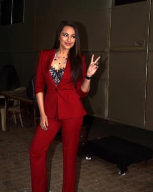 Photos: Sonakshi Sinha at the sets of Dil Hai Hindustan