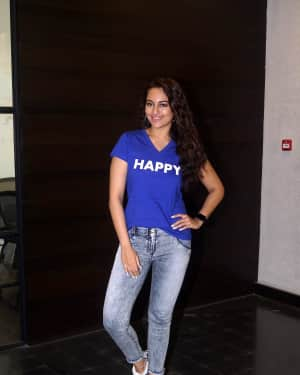 Sonakshi Sinha - Photos: Interview With Star Cast Of Film Happy Bhaag Jayegi Returns | Picture 1594796