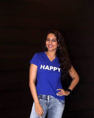 Sonakshi Sinha - Photos: Interview With Star Cast Of Film Happy Bhaag Jayegi Returns | Picture 1594795