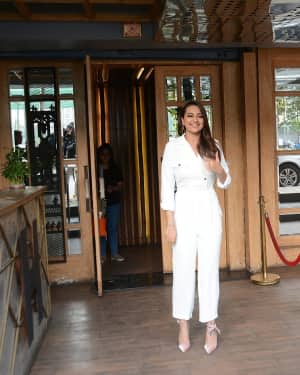 Photos: Sonakshi Sinha Spotted At Hoot In Juhu | Picture 1615918