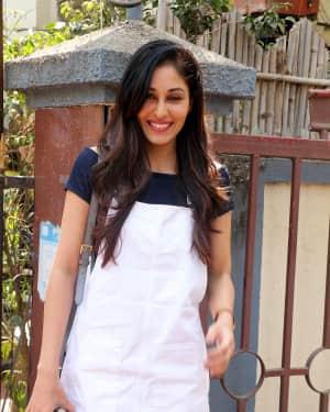 Photos: Actress Pooja Chopra Spotted at Bandra