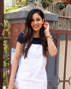 Photos: Actress Pooja Chopra Spotted at Bandra | Picture 1567487