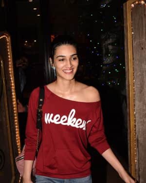 Photos: Kriti Sanon Spotted At Spa In Juhu