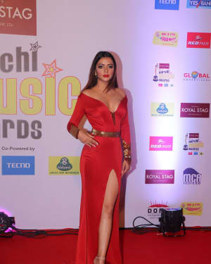 Ruhi Singh - Photos: Red Carpet Of 10th Mirchi Music Awards 2018 | Picture 1562480