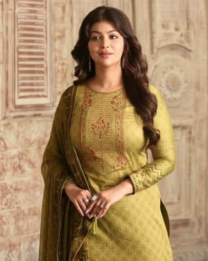 Photos: Ayesha Takia shoots for an Ad campaign at goregaon | Picture 1585542