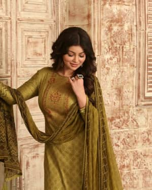 Photos: Ayesha Takia shoots for an Ad campaign at goregaon | Picture 1585545