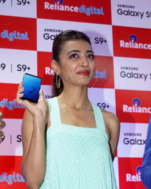 Photos: Radhika Apte Launches Buy Back Offer Of Samsung S9+ | Picture 1572788