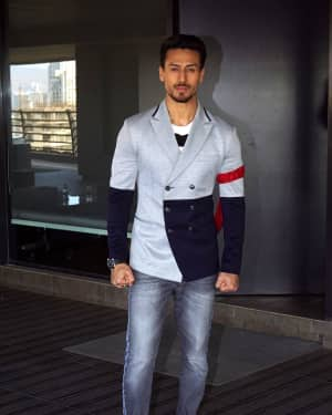 Tiger Shroff - Photos: Baaghi 2 Promotions at Nadiadwala Office | Picture 1573194