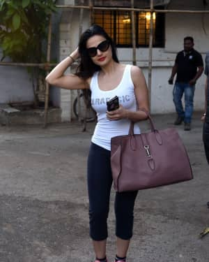 Photos: Ameesha Patel Spotted at Kromakay Salon | Picture 1573365