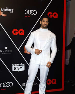 Sidharth Malhotra - Photos: Red Carpet Ceremony of GQ Best Dressed 2018 | Picture 1583584