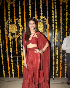 Kriti Sanon - Photos: Ekta Kapoor Diwali party at Juhu