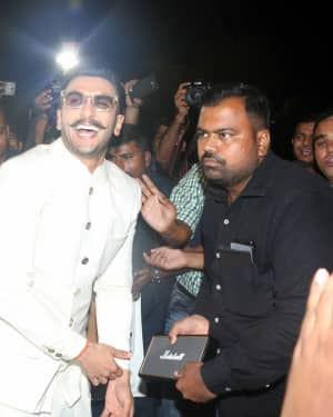 Ranveer Singh - Photos: Ranveer & Deepika At Mumbai Airport As They Leave For Their Wedding In Italy
