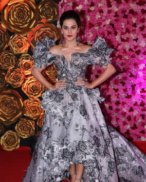 Taapsee Pannu - Photos: Lux Golden Awards 2018 Red Carpet