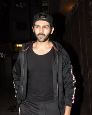 Kartik Aaryan - Photos: Celebs Spotted at Gym in Juhu
