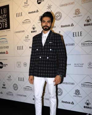 Photos: Elle Beauty Awards 2018 & Red Carpet at Taj Land's End