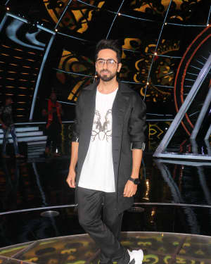 Ayushman Khurana - Photos: Celebs on the sets of Indian Idol at Yashraj studio | Picture 1603771