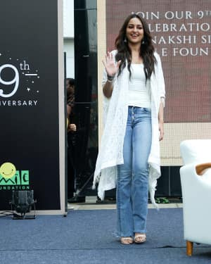Photos: Sonakshi Sinha at the 9th anniversary celebration of Palladium lower parel | Picture 1603897