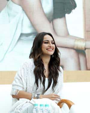 Photos: Sonakshi Sinha at the 9th anniversary celebration of Palladium lower parel