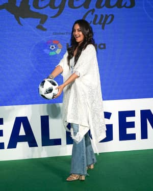 Photos: Sonakshi Sinha at the launch of india's largest corporate football tournament Legends Cup | 1603903