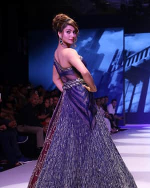 Urvashi Rautela - Photos: BT Fashion Week 2018 | Picture 1604591