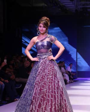 Urvashi Rautela - Photos: BT Fashion Week 2018 | Picture 1604588