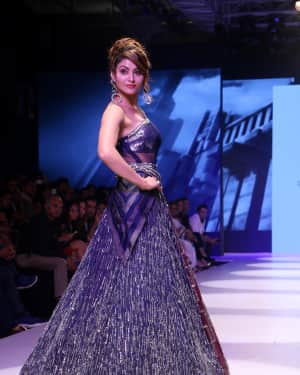 Urvashi Rautela - Photos: BT Fashion Week 2018 | Picture 1604590