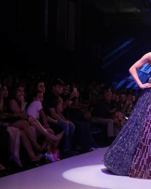 Urvashi Rautela - Photos: BT Fashion Week 2018 | Picture 1604586