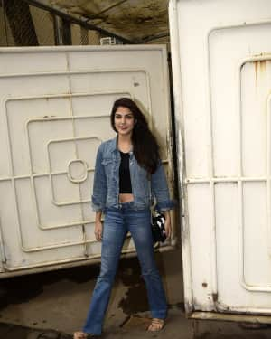 Photos: Rhea Chakraborty Spotted At Sunny Sound   Picture 1595723