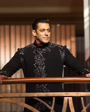 Salman Khan - Photos: Red Carpet for Manish Malhotra new collection Haute Couture